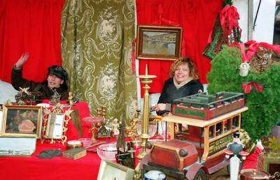 weihnachtlicher kunst und tr delmarkt ecke sch neicher str 1 in 12587 berlin. Black Bedroom Furniture Sets. Home Design Ideas